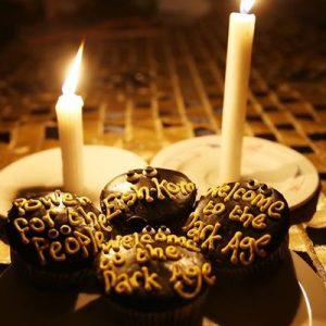 dark+age+cupcake